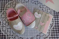 voorbeelden klompjes Clogs, Holland, Baby Shoes, Sandals, Dutch, Decoration, Wooden Clogs, Clog Sandals, The Nederlands