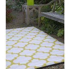 Celery, white, plastic outdoor rug, patio rug, indoor outdoor rug - HomeInfatuation.com.