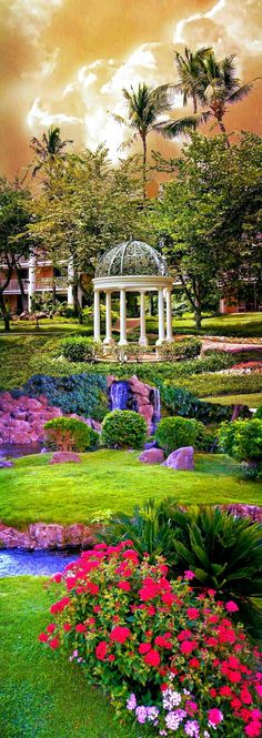 Nature paints the most beautiful masterpieces: Gardens of the palaces