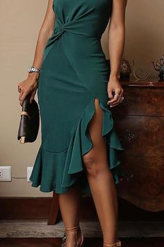 Sexy One Shoulder Irregular Ruffles Mini Bodycon Dress – ebuytide You are in the right place about Bodycon Dress parties Here we offer you the most beautiful pictures about the black Bodycon Dress you Bodycon Dress Parties, Prom Dresses, Formal Dresses, Elegant Dresses, Black Bodycon Dress, Types Of Fashion Styles, Dresses Online, Fashion Dresses, Clothes For Women