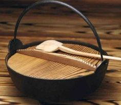 Japanese Cooking Utensils and Serving Dishes: ThingsAsian Asian Kitchen, Japanese Kitchen, Japanese Food, Japanese Design, Japanese Style, Serving Utensils, Cooking Utensils, Serving Dishes, Kitchen Pans