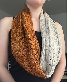 Ravelry: The Foxtail Cowl pattern by Pia Knitaly Knitting Projects, Knitting Patterns, Sweater Patterns, Work Flats, Prayer Shawl, Cowl Scarf, Crochet For Beginners, Knitted Shawls, Needlework
