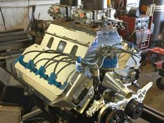 Ford Small-block Runs Rare Hemi Heads makes 804 HP.     Video: http://www.streetlegaltv.com/news/ford-small-block-runs-rare-hemi-heads-designed-by-chet-herbert/ Combustion Engine, Ford Trucks, Cylinder Head, Car Engine, Car Tuning, Mustang, Cool Cars, Super Cars, Race Cars