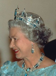 It was commissioned by the Queen from the then Crown jeweller Garrard in 1957, to match a necklace and earrings given by the President of Brazil.
