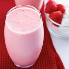This strawberry banana smoothie with yogurt recipe is perfect for breakfast. High in protein and low in fat, it's a power drink that tastes like a dessert.