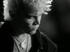 Billy Idol.
