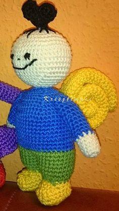 Amigurumi Toys, Amigurumi Minta, Diy Toys, Just Do It, Yoshi, Tweety, Projects To Try, Crochet Hats, Xmas