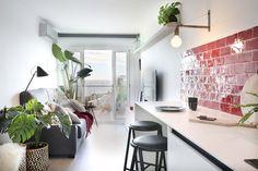 Dröm Living: Especialistas en reformas integrales e Interiorismo en Barcelona Terracota, Conference Room, Table, Furniture, Home Decor, Renovation, Tiles, Cuisine Design, Flooring