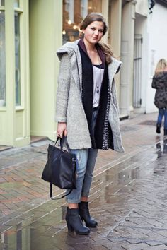 March 12 London Street Style - London Street Style Pictures - ELLE