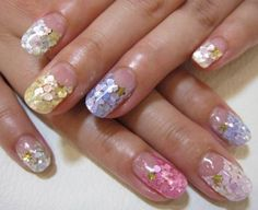 Princess nails - I'm totally in love with this look