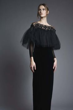 Designer Spotlight: Chana Marelus — The Pemberley Lovely Dresses, Elegant Dresses, Casual Dresses, Short Dresses, Dress Outfits, Fashion Dresses, Parisienne Chic, Designer Gowns, Couture Dresses