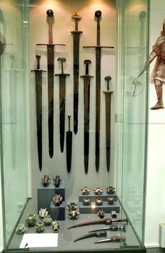 Over 50 different samples of swords and dozens of types of maces from various time periods originating in Bulgaria have been displayed for the very first time in the new exhibition of the Plovdiv Museum