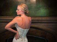 show off the back of that dress!