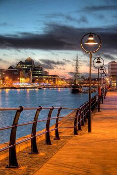 Walk along the river Liffey in Dublin I did this. Dublin is awesome! Places Around The World, Oh The Places You'll Go, Places To Travel, Places To Visit, Around The Worlds, Travel Destinations, E Dublin, Visit Dublin, The River