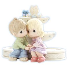 Love Is The Fountain Of Life - FIGURINES