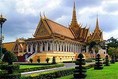 phnom penh, cambodia (royal palace)