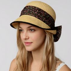 Love this hat...maybe for Africa?