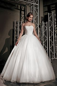 Robe De Mariage Sexy Strapless Ball Gown Wedding Dress Lace-Up Back Court  Train vestidos f8464413aa22