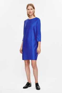 COS image 11 of 3/4-sleeve oversize dress in Blue
