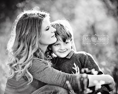 Heirloom Society:Heritage Edition | Melissa Rieke Photography | Mothers Existing in Photographs For Their Children | #familylegacy #momsexisting