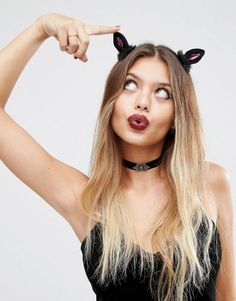 Browse online for the newest ASOS Halloween Cat Hair Clips styles. Shop easier with ASOS' multiple payments and return options (Ts&Cs apply). Soirée Halloween, Halloween Outfits, Halloween Costumes, Asos, Hair Barrettes, Hair Clips, Halloween Accessories, Hair Accessories, Masquerade Costumes