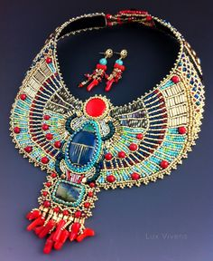 ****This listing is for a custom order; that means that I will create this necklace for you after you order it. Currently the earliest possible delivery for this necklace is 5 weeks from placing your order. Please message me for additional questions, and I will be happy to answer