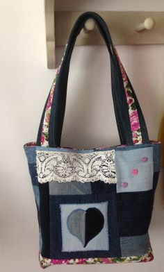 Recycled denim bag, tote bag, upcycle, patchwork, crafting idea