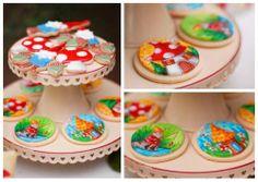 μπισκοτα με νανους και καλικαντζαρους για παιδικο παρτυ - A Fall Gnome Birthday Party Cookies