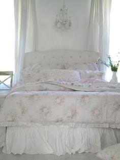 Simply me: sadis room my 3 yr old daughter