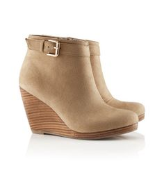Wedge short boots...how does one wear these?  with a dress?  skinny jeans? leggings?  If all of the above, I need these.