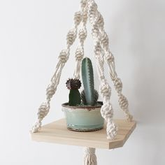 Twisted strands Wood Macrame Shelf