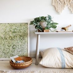 House Tour :: The Charming, Collected Style of John Derian - coco kelley coco kelley California Style, California Fashion, Petite Fashion, Curvy Fashion, Fall Fashion, Style Fashion, Neutral Paint Colors, Pink Sofa, Meditation Space