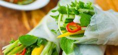 Grønnsaksruller med mango og frisk ingefær- og chilidipp