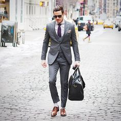 Love the look Casual Fashion Trends, High Fashion Men, Mens Fashion Blog, Mens Fashion Suits, Men's Fashion, Stylish Men, Men Casual, Looking Dapper, Blazer Fashion