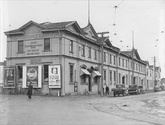 Much of the New Zealand Loan & Mercantile Agency Co. business was in farm finance. When farm incomes fell in the early many of its customers were unable to service or repay loans. How To Run Longer, New Zealand, Street View, History, Business, Building, Mystic Places, Ephemera, 1930s