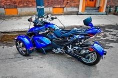 Blue seems to be the colour of my latest uploads. I dunno. You have to see this large HERE: www.flickr.com/photos/mikeygottawa/5671639514/sizes/o/  Never heard of the BRP Can-Am Spyder Tricycle? Answers Here: spyder.brp.com/   Take a look  Low Cost on these Can Am Tire Pressure Monitoring Systems