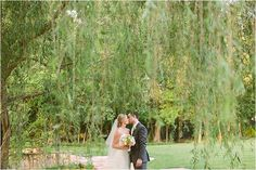 Cute Outdoor Wedding Photos ~ Venue: Chateau Polonez ~ Photo: Akil Bennett Photography