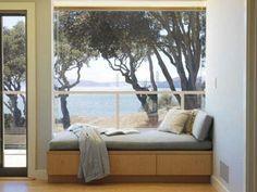 gemütliche fenstersitze und erkerfenster blick am meer