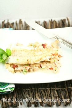 Tasted like a restaurant meal but was easy enough for a weeknight! Alaska Cod with Clam Chowder Sauce Low Calorie Low Fat Healthy Dinner #WildAlaskaSeafood #CleverGirls