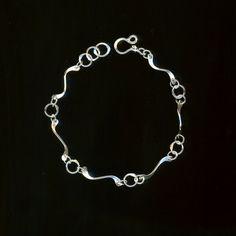 Minimalists Sterling Silver Bracelet Chain, Handcrafted Wire Link Bracelet, Hammered Metalwork, Handmade Metal Chain, Modern Eco Friendly