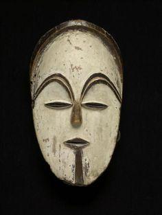Vuvi or Sango face mask, early century. Gabon, Wood, paint and fiber. Statues, Ceramic Mask, Mask Painting, Atelier D Art, Man Sketch, African Sculptures, Art Premier, Masks Art, African Masks