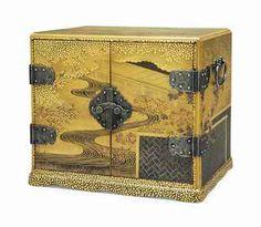 A small lacquer table cabinet (kodansu)