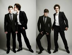 Robert Sheehan and Iwan Rheon. So damn hot <3