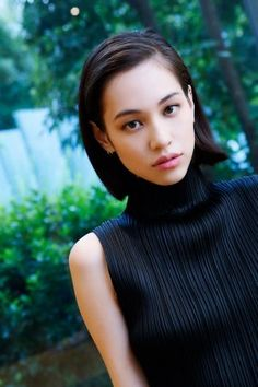 The first international fanpage dedicated to the multi-talented model and actress, Kiko Mizuhara. Kiko Mizuhara Hair, Kiko Mizuhara Style, Ellen Von Unwerth, Cindy Crawford, Japanese Models, Japanese Girl, Daehyun, Moda Vintage, Hipster