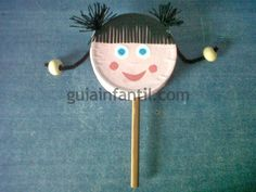 Muñeca tambor de reciclaje para niños