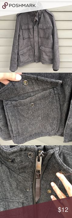Men's Military Style Tweed Coat Zipper and Button closure. Good that tucks away. Very warm. Four double snap pockets. H&M Jackets & Coats Military & Field