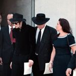 MICHAEL JACKSON ♥  MJ  LEAVING MEMORIAL SERVICES FOR PRINCESS DIANA