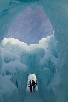 land-city:  Ice Castle by Bill Church | Flickr Utah, US