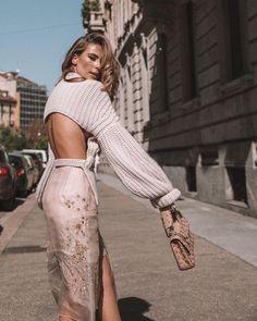 modern street style ideas to inspire you 18 Alena Shishkova, Modern Street Style, Moda Chic, High Fashion, Womens Fashion, Fashion Fashion, Pinterest Fashion, Mode Inspiration, Look Cool