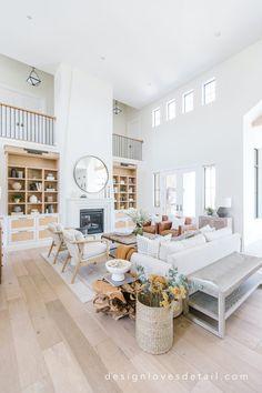 Living Room Flooring, Home Living Room, Living Room Designs, Living Room Decor, Living Spaces, Dream Home Design, My Dream Home, House Design, Estudio Mcgee